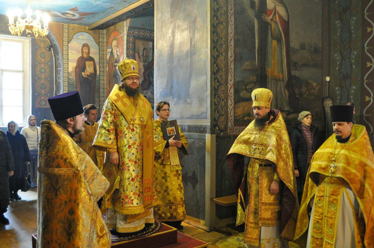 Архієпископ Феодосій звершив Літургію у Неділю м'ясопусну
